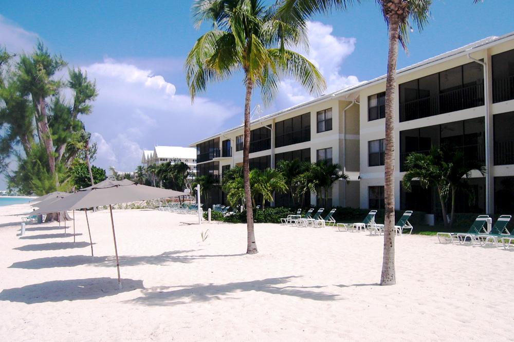 Casa Caribe Condominiums Seven Mile Beach Grand Cayman