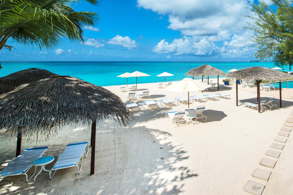 Heritage Club Condominiums Seven Mile Beach Grand Cayman